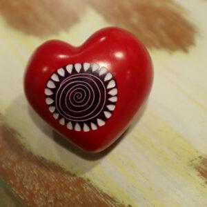 pebble kisi stone hart rood