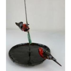 scrapmetal: hanger vogelwaterbakje